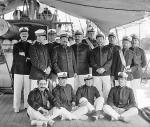 """Oficerowie z włoskiego krążownika """"Ettore Fieramosca"""" podczas wizyty w USA, 1909 r."""