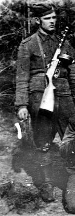 """Tadeusz Chodkowski """"Kartacz"""" z oddziału """"Trzynastki"""", poległ  22 lipca 1945 r. w walce z NKWD w Lipie"""