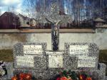 Cmentarz  w Jednorożcu  – mogiła żołnierzy ROAK poległych w walce  z NKWD