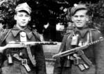 """Żołnierze oddziału """"Dzielnego"""". Po lewej kpr. Stanisław Frydrych ,,Wicher"""""""