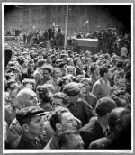 Demonstaranci  na ulicach Poznania  w czerwcu 1956 roku