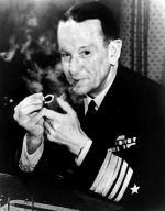 Kontradmirał Frank J. Fletcher, dowódca Task Force  17