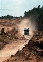 Budowa autostrady A2 między Łodzią  a Warszawą utknęła,  gdy chiński Covec zszedł  z niej w połowie maja