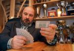 Krzysztof Martens gra w turniejach międzynarodowych.  Jest uważany za jednego z najlepszych współczesnych teoretyków brydża na świecie