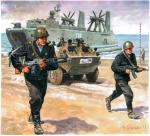 Podstawowym środkiem transportu w latach 60. i 70. był BTR-60. Broń strzelecka radzieckiej piechoty morskiej była identyczna jak w innych  rodzajach wojsk ZSRS. Do lat 60. używano m.in. ręcznych karabinów maszynowych Diegtiariowa, czyli RPD