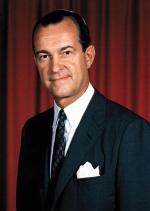 """Richard Helms, dyrektor CIA w latach 1966 – 1973, inspirator operacji """"Jennifer"""" (""""Azorian"""")"""