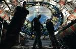 Akcelerator w CERN na granicy Szwajcarii i Francji to największe urządzenie na świecie