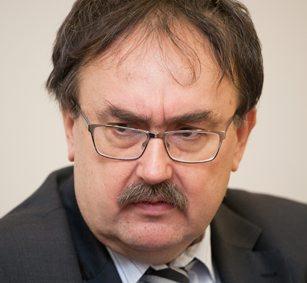 Jerzy Nawrocki, dyrektor Państwowego Instytutu Geologicznego: Polska służba geologiczna może podjąć się koordynowania działań - 1233087,701388,9