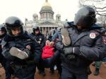 Demonstracja przeciw wojnie na Krymie w St. Petersburgu