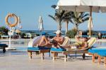 Wypoczynek w Egipcie, mimo niestabilnej sytuacji politycznej tego kraju, wciąż wybiera wielu turystów