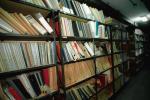W administracji samorządowej w 2011 r. wprowadzono trzy odrębne wykazy akt – dla organów gmin i związków międzygminnych oraz obsługujących je urzędów, organów powiatu i starostw powiatowych oraz organów samorządu województwa i urzędów marszałkowskich