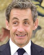 Nicolas Sarkozy ma zgolić zarost, gdy wróci do polityki