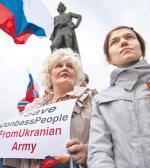 """Pikietujący  w Moskwie domagają się od Putina, by obronił Rosjan w Donbasie przed """"ukraińską armią"""""""