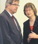 Prof. Irena Lipowicz proponuje, żeby to nie lekarz, ale administracja placówki medycznej miała obowiązek informować pacjenta, gdzie może uzyskać świadczenie