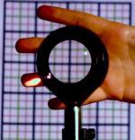 Soczewka niewidka fizyków  z Uniwersytetu Rochester