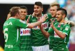 Piłkarze Lechii Gdańsk cieszą się po zwycięstwie nad Legią
