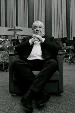 Stanisław Soyka (ur. 1959) – wokalista, kompozytor, pianista, skrzypek, gitarzysta. W dorobku ma ponad 30 płyt, najnowszą nagrał ze szwedzko-duńską orkiestrą Roger Berg Big Band