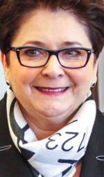Teresa Piotrowska chce mieć większy wpływ na układ miejsc w swoim regionie
