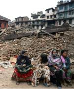 Na gruzach w Katmandu