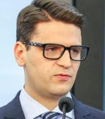 Niezrzeszony Mariusz Antoni Kamiński kończy kadencję biedniejszy o niemal 700 tys. zł