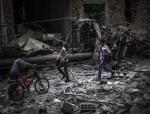 W tym miejscu znajdował się szpital polowy w Doumie na przedmieściu Damaszku kontrolowanym przez antyasadowską opozycję. Został zbombardowany przez siły prezydenta Baszara Asada