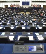 Rezolucję krytykującą rząd w Warszawie poparło 513 eurodeputowanych