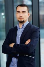 Maciej Wolny, menedżer w dziale doradztwa finansowego Deloitte