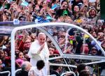 2,5 mln pielgrzymów, przyjazd papieża Franciszka – Światowe Dni Młodzieży (27-31 lipca 2016 r.) będą stanowić wielkie wyzwanie dla służb odpowiedzialnych za bezpieczeństwo. Na zdjęciu papież podczas poprzednich ŚDM, trzy lata temu w Rio de Janeiro