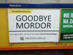Na stacji metra Wierzbno najemca biur na Służewcu Przemysłowym publicznie pożegnał się  z Mordorem