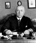 Stefan Ossowiecki był najsłynniejszym jasnowidzem międzywojennej Polski. Potrafił m.in. podróżować w czasie