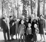 Nikita Chruszczow czas wolny chętnie spędzał wraz ze swą liczną rodziną w letniej rezydencji niedaleko Moskwy.