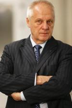 Chcemy współpracować z Komitetem Obrony Demokracji i Nowoczesną – deklaruje Stefan Niesiołowski