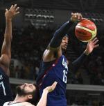 Carmelo Anthony, koszykarz New York Knicks, przybył do Polski i rozpoczął zdjęcia do reklamy napojów eGoo