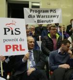 Poniedziałkowa nadzwyczajna sesja Rady Warszawy na temat nowego ustroju miasta przyniosła sukces PO – podjęto uchwałę o referendum w Warszawie.