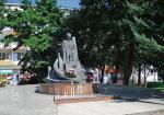 Architektem pomysłu powstania COP był wicepremier Eugeniusz Kwiatkowski, którego pomnik znajduje się w Stalowej Woli.