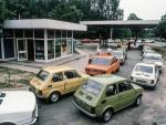 Stacja benzynowa w latach 80. na zdjęciu Chrisa Niedenthala; cena wyw. 1,5  tys. zł