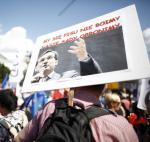 Manifestanci krytykowali planowane przez PiS wzmocnienie roli Zbigniewa Ziobry.