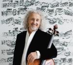 Wiolonczelista Mischa Maisky jest już legendą.