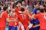 Rosjanie cieszą się w Krakowie po finałowym zwycięstwie nad Niemcami 3:2