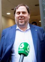 Oriol Junqueras, wiceszef odsuniętego od władzy rządu regionalnego i lider skrajnie lewicowej Esquerra Republicana, to nowa twarz ruchu niepodległościowego. Bo nie wyjechał z Barcelony.