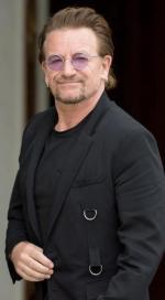Lider U2 Bono inwestował w centrum handlowe na Litwie, unikając podatków