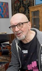 Tomasz Stańko, wybitny trębacz i kompozytor, jest dyrektorem artystycznym festiwalu Jazzowa Jesień w Bielsku–Białej, na który zaprasza najwybitniejszych muzyków ze świata. 15. edycja festiwalu rozpoczyna się we wtorek