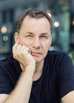 Dominik Rutkowski: – Może udało mi się napisać uniwersalną powieść, ale przyznam, że byłaby to pesymistyczna metafora.