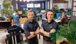 Tom Kucharski (z prawej) i Michał Niwiński stworzyli technologię, która pomaga zarządzać projektami.