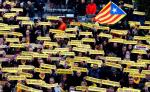 Lider katalońskiej partii niepodlogłościowej Lewica Republikańska Oriol Junqueras przebywa od 100 dni wwięzieniu. Na zdjęciu: Sobotnia manifestacja w Barcelonie na rzecz jego uwolnienia.