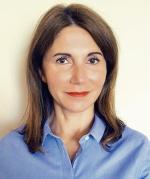 Emilia Bratkowska jest dyrektorem działu marketingu i PR w biurze podróży Rainbow.
