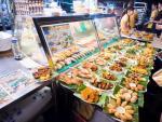 Lokalny kuchmistrz KF Seetoh twierdzi, że dobra singapurska knajpa musi nie tyle pachnieć, co wręcz cuchnąć.