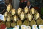 Owoc durianu to lokalny przysmak o intensywnym zapachu