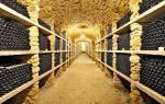≥Za kilkadziesiąt tys. euro rocznie można wynająć średniowieczną piwnicę i przechować w niej wino