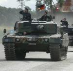 Leopardy generacji 2A-4 po gruntownym  liftingu mają wzmocnić siły pancerne  polskiej armii.